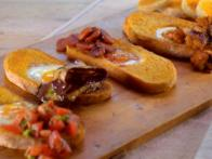 Breakfast Bruschetta Bars