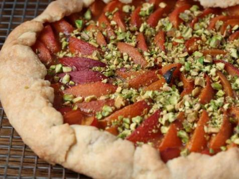Sifted: Creative Crostata, Port Blueberry Jam, Wino Cows