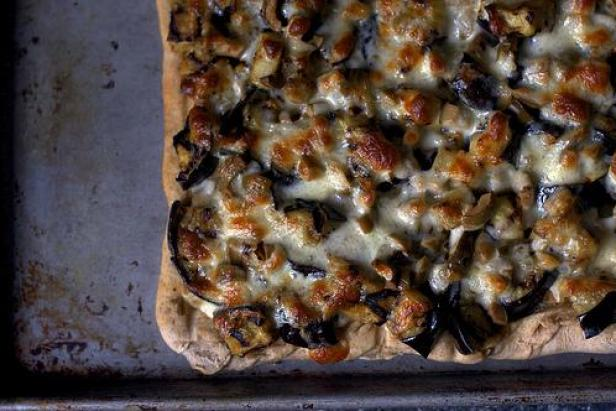 Smitten Kitchen's Eggplant and Olive Pizza