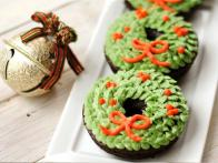 Sifted: Christmas Doughnuts, Fool Proof Dinner + More