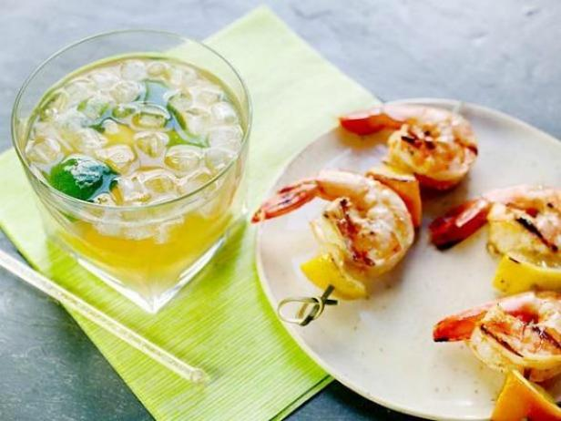 Pineapple-Infused Rum