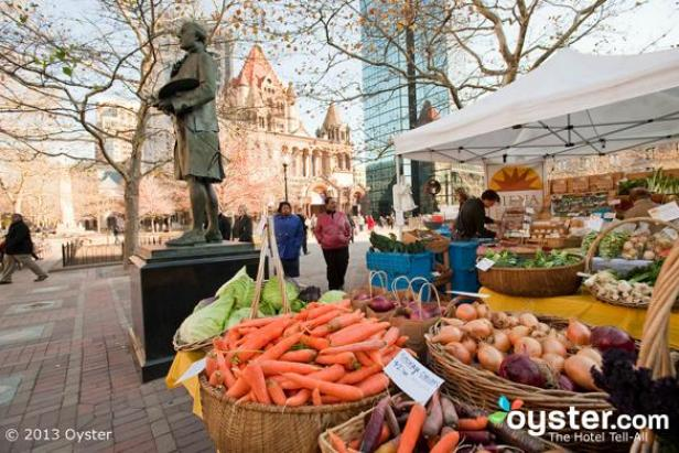 5 Awesome Farmers' Markets in the United States (and Where to Stay Nearby)
