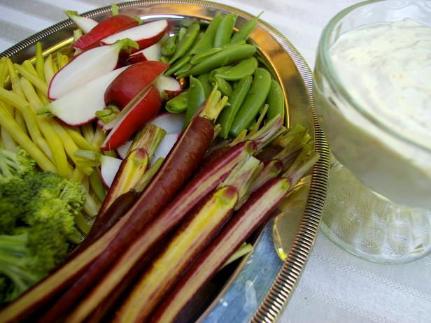 Herbed Goat Cheese Sauce for Crudites