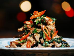 CCLKV101_Beef-Wok-Tossed-with-Wild-Betel-Leaves_s4x3