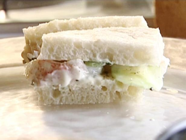 Lobster Sandwich with Lime Mayonnaise