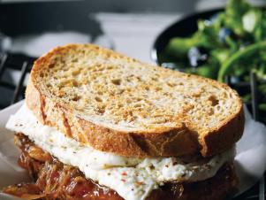 CC-Nadia-G_egg-white-onion-fig-jam-sandwich_s3x4