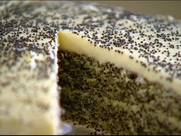Poppy Seed Cake with Vanilla Buttercream Icing