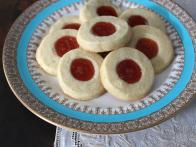 Cuban Sugar Cookies with Guava and Lime (Torticas de Moron)