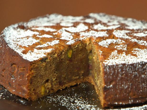 Date, Pistachio and Cardamom Cake