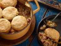 CCKitchens_cajun-smoked-turkey-and-file-gumbo-pot-pies-recipe_s4x3