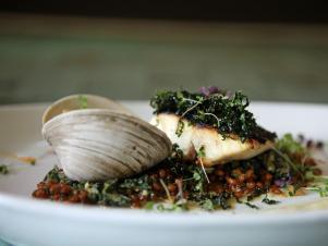 CCSFD204_plancha-grilled-striped-bass-with-creamed-kale-recipe_s4x3