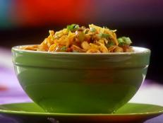 Cooking Channel serves up this Funkadelic Chili Mac recipe from Lisa Lillien plus many other recipes at CookingChannelTV.com