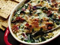 Spicy Bacon Spinach Artichoke Dip