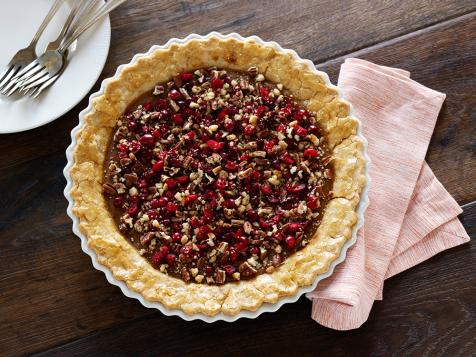 Sweet Potato Pie with Crunchy Cranberry Topping