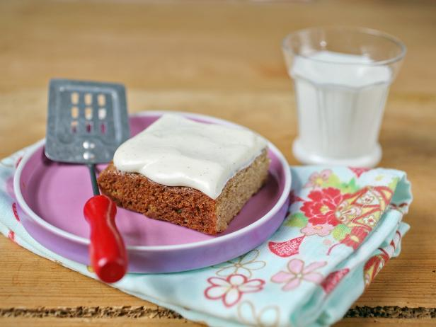 Banana Bread Bars with Cream Cheese Frosting