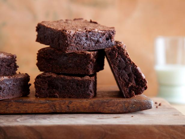 Cocoa brownies recipes cooking channel recipe alton brown cocoa brownies forumfinder Choice Image