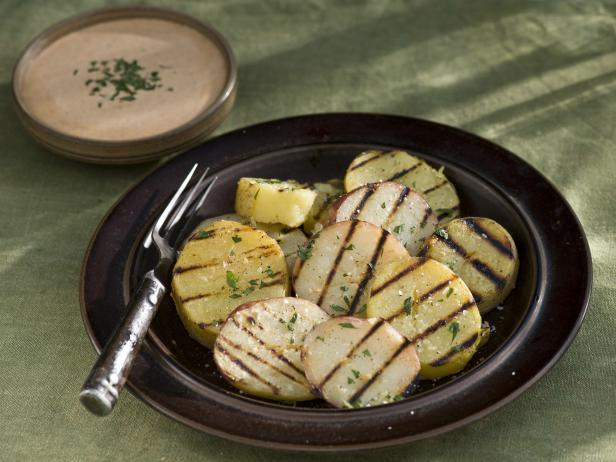 Grilled Potatoes with Spicy Tomato Aioli (Patatas bravas)