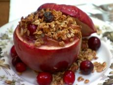 Cooking Channel serves up this Warm Autumn Cranberry Fruit Stew recipe from Lynn Crawford plus many other recipes at CookingChannelTV.com