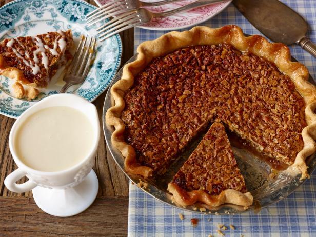 Pecan pie recipe cooking channel pecan pie forumfinder Choice Image