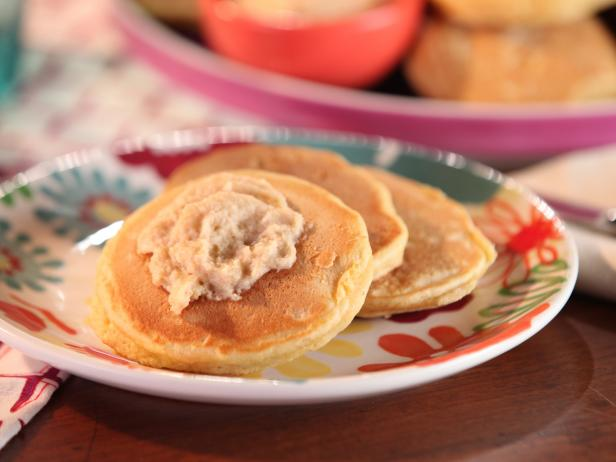 Johnny Griddle Cakes