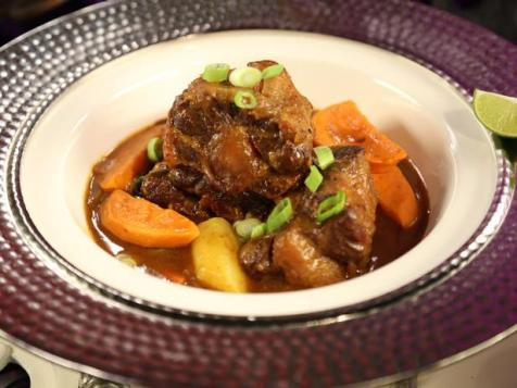 Spicy Jamaican Oxtail Curry