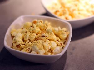 CCDevour_Fancy-Super-Bowl-Snacks-Chicken-Popcorn-recipe_s4x3