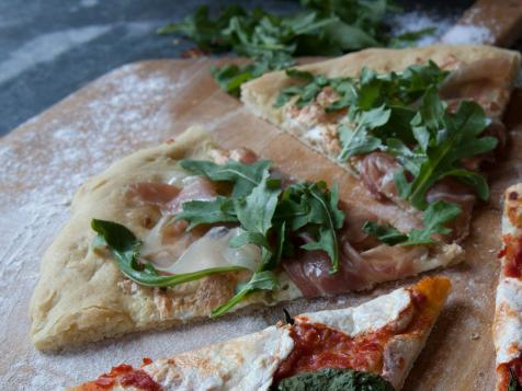 Laura's White Pizza with Prosciutto and Arugula