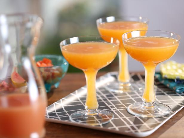Guava and Papaya Mimosas