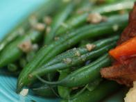 Dave Pearson's Green Beans with Anchovy and White Wine