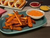Baked Sweet Potato Fries with Garlic Aioli