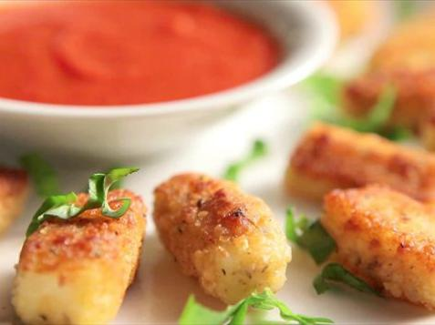 Grilled Cheese Sticks with Marinara