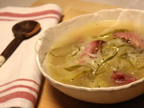 Lithuanian Cabbage Soup